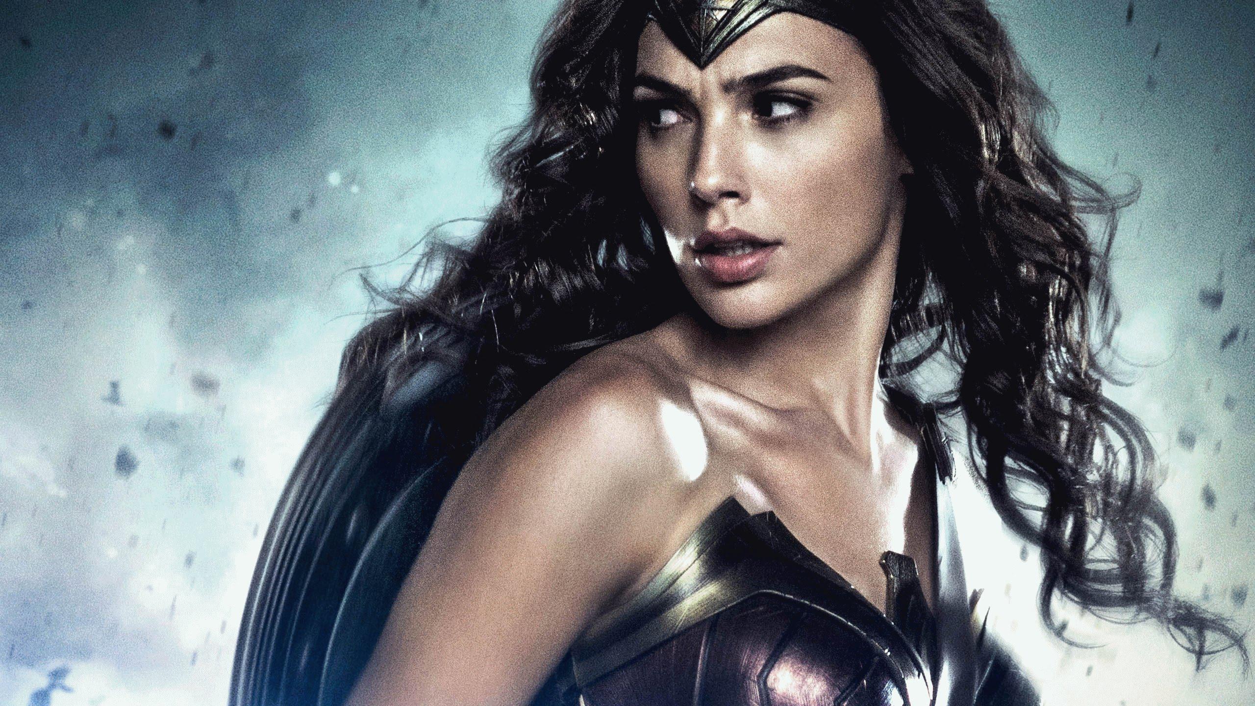 Review Wonder Woman Another Gaze A Feminist Film Journal